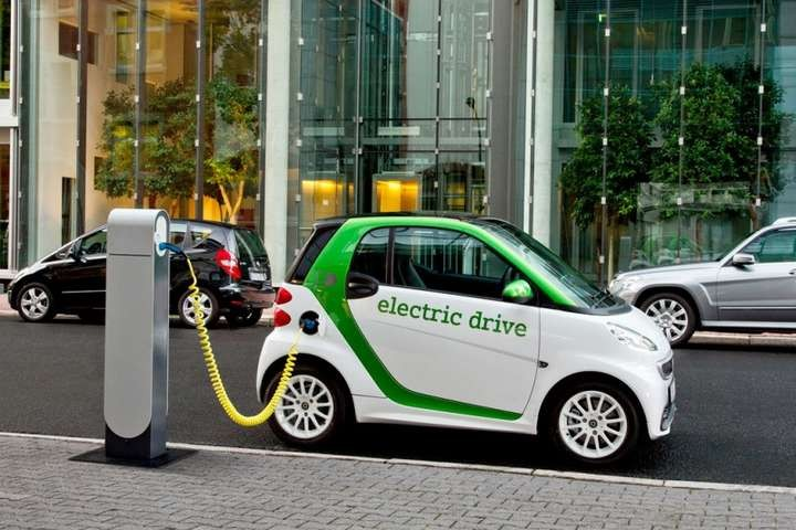 Construction of road infrastructure for the operation of touristic electric cars rental network